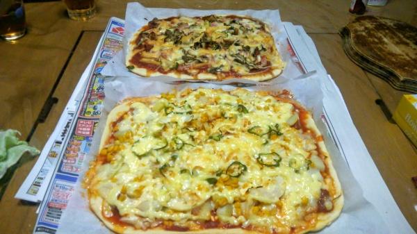 生地から作る自家製ピザ