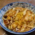 白菜としめじのキムチ炒めの味噌ラーメン