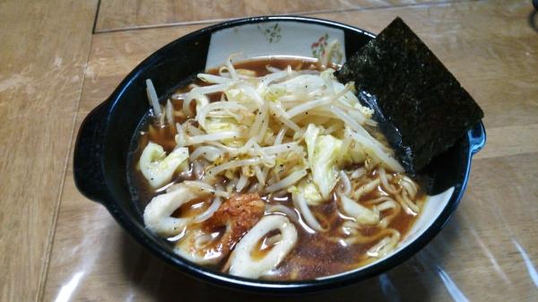 名古屋風赤味噌煮込みラーメン